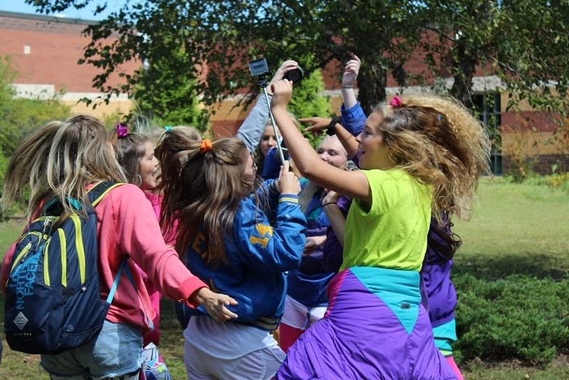 Sept. 17, 2015 - The seniors keep their annual tradition of the dance party going even though the 10-minute break no longer exists. These seniors took the opportunity in between classes to demonstrate their best dance moves from the '80s.