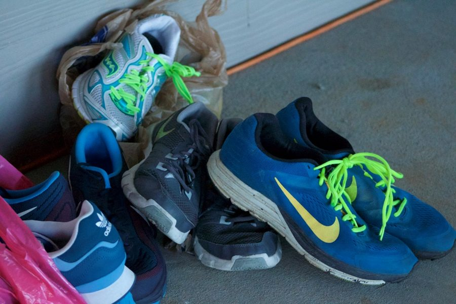 For+the+second+consecutive+year%2C+the+Starr%E2%80%99s+Mill+track-and-field+team+collected+shoes+for+people+in+need.+They+were+able+to+gather+130+pairs+of+shoes+to+donate.