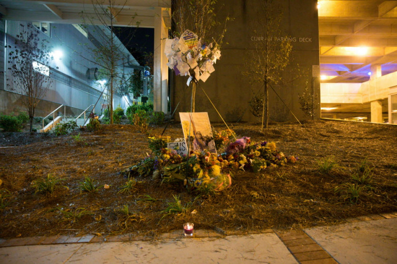 A+peaceful+vigil+for+Schultz+turned+violent+when+protesters+crashed+the+event+Sunday+night.