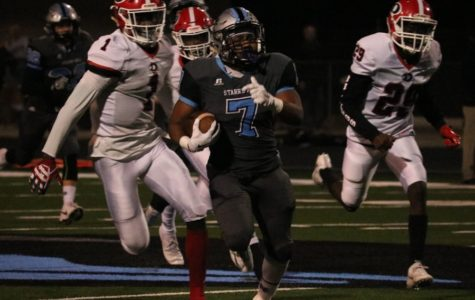 Panthers narrowly escape Dutchtown in first round