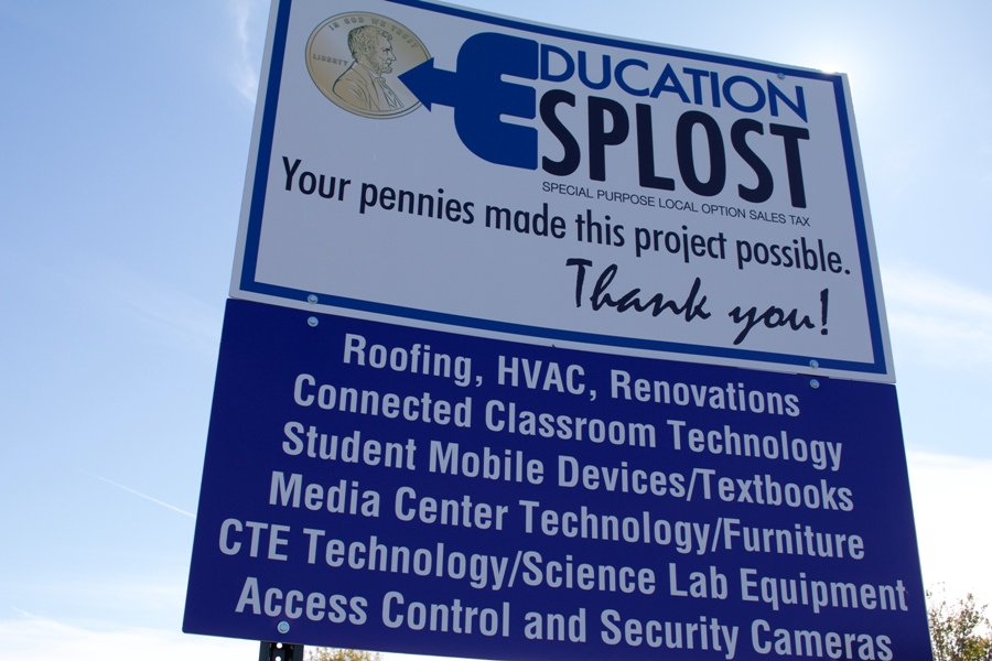 Although parents support education at the school level through donating and volunteering, few parents stay informed of the decisions the Fayette County Board of Education makes. Starr's Mill's parents are finding little time or motivation to keep up with important FCBOE updates leaving some wondering what exactly is going on at the FCBOE level.