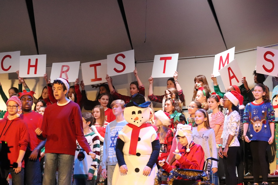 The Starr's Mill CBVI class, the sixth grade women's chorus, and the Men of the Mill performed their music show on Dec. 8. It was a sing-along show, composed of songs that the students picked out.