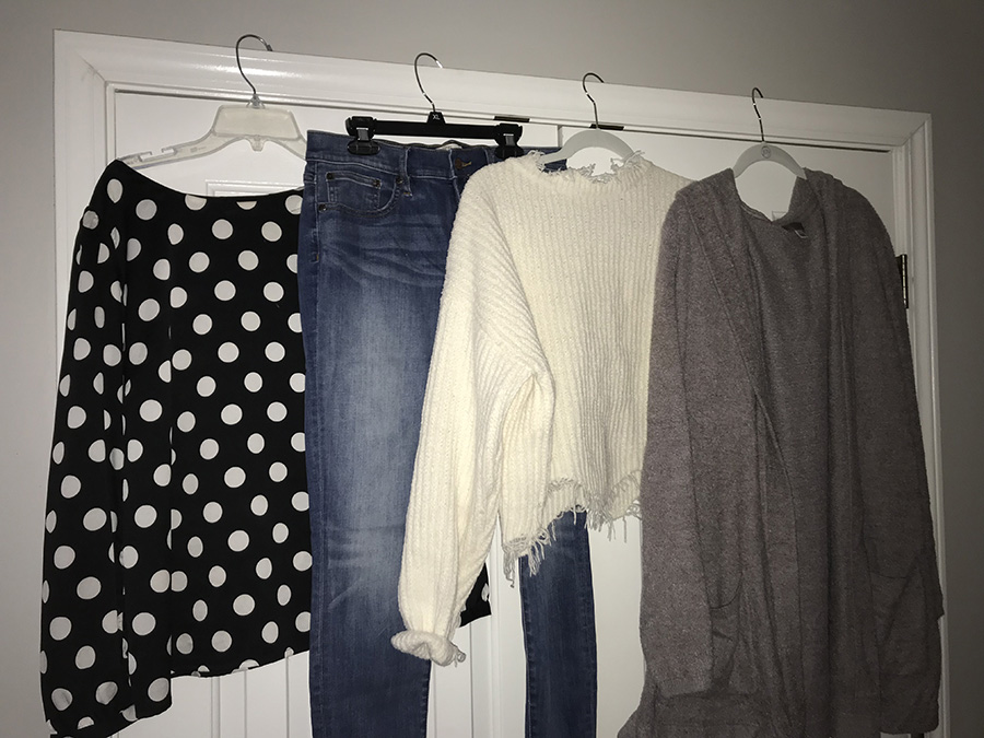 As the new year and semester begin, new clothing mixed with previous trends have frequented the halls. Bulky sweaters and comfortable jeans have become closet staples of the common Starr's Mill student.