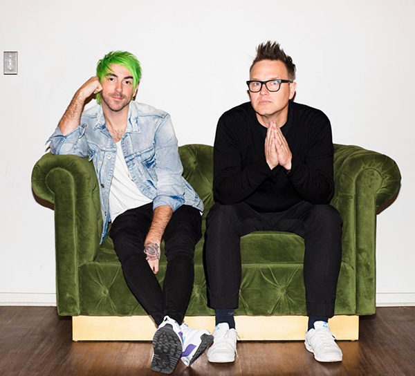 "Synthpop-rock duo Simple Creatures released their second EP, ""Everything Opposite"", on Oct. 11. The EP is made up of six tracks that combine together to create an anthem for almost any emotion the audience may feel."