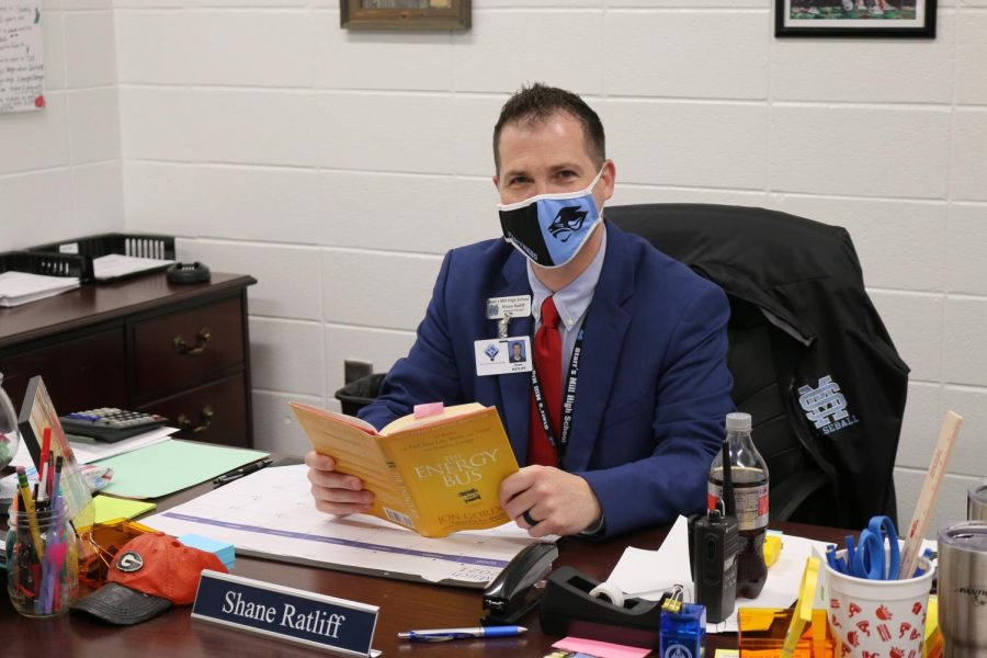 "Assistant principal and athletic director Shane Ratliff has read ""Energy Bus"" by Jon Gordon. The book reveals 10 rules for leading a better life."